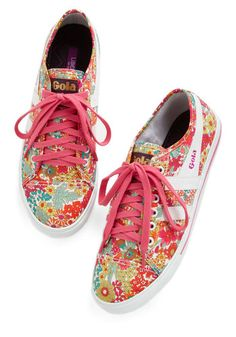 cute beautiful blooms sneakers http://rstyle.me/n/hx4pmr9te