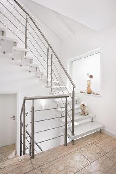 Homeplaza - Eine moderne Treppe macht den Flur wieder zum Blickfang - Für den bleibenden Eindruck