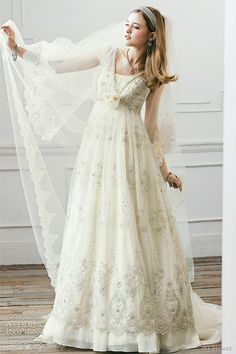 Jill Stuart Vintage  Wedding Dress . Isn't it gorgeous? #Wedding