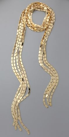 So sinuous against bare skin. I will wear this with a tuxedo jacket and nothing else underneath it.