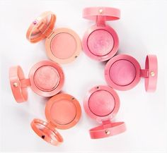 Bourjois Blushes - Really nice & affordable blushes. With a wide choice of colours in powder or cream formulations.: Shop op www. Bourjois Blush, Bourjois Makeup, Drugstore Makeup, Makeup Cosmetics, Eye Makeup, Bourjois Cosmetics, Beauty And The Best, All Things Beauty, Beauty Make Up