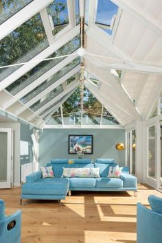 A well-arranged sunroom is particularly the glass-in living area of the house that is all attached to the house building. The main purpose of the creation of a sunroom plan is to arrange an additional living area during the extremely hot summers or t Pergola Attached To House, Pergola With Roof, Wooden Pergola, Pergola Shade, Pergola Patio, Pergola Plans, Pergola Kits, Gazebo, Patio Roof