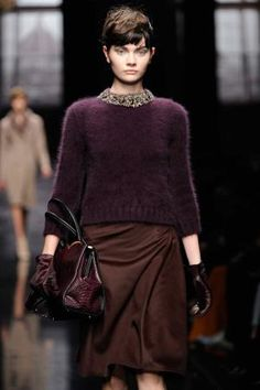 Plum is an amazing color for Fall !!!
