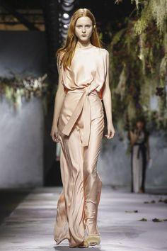 Vionnet Ready To Wear Fall Winter 2015 Paris