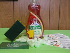 The new Palmolive Fresh Sponge and some coupons I received from @Influenster!! This product not only does a great job cleaning your dishes it cleans your sponge with every use. Check it out at http://www.influenster.com
