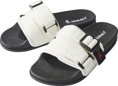Pool Slides, Sandals, Sneakers, Shoes, Fashion, Tennis, Moda, Shoes Sandals, Slippers