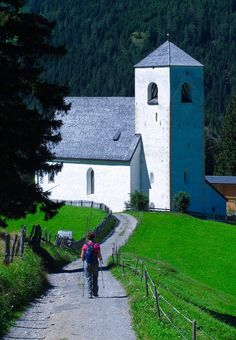 https://flic.kr/p/LCXnJe | St. Nikolaus Kirche above Matrei in Osttirol
