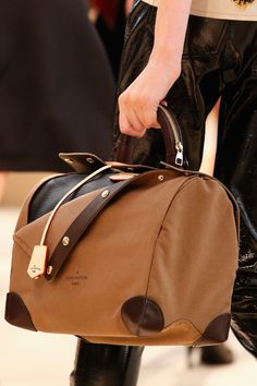 Louis Vuitton Fall 2014 #details #handbags