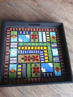 Mosaic Tray, Mirror Mosaic, Mosaic Tiles, Mosaic Designs, Mosaic Patterns, Mosaic Art Projects, Tile Crafts, Auction Projects, Mosaic Garden