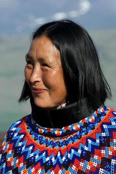 Inuit woman from Greenland. Beautiful World, Beautiful People, North American Tribes, Ethnic Diversity, American Spirit, Many Faces, The Little Mermaid, Beadwork, Character Inspiration