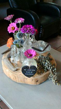 decoratie houten schijf op tafel, te koop bij onze winkel