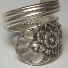 Silver Spoon Ring, Silverware Jewelry A smaller more delicate version of this Jewelry Stores Near Me, Jewelry Shop, Jewelry Accessories, Women Jewelry, Jewelry Making, Fork Jewelry, Silver Jewelry, Vintage Jewelry, Silverware Jewelry