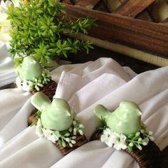 Porta Guardanapo Passarinho em Cerâmica Verde Claro