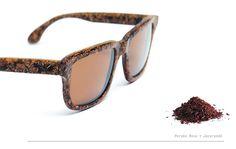 d5c0f08bb817f Designers desenvolvem os primeiros óculos feitos a partir de serragem de  madeira