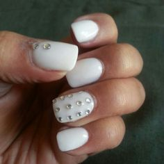 Lavernes awesome nails.....