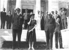 7pavlos freideriki laganis SAA 1940s Fashion Women, Womens Fashion, 1940s Woman, Greece, Politics, Vintage, Greece Country, Women's Fashion, Woman Fashion