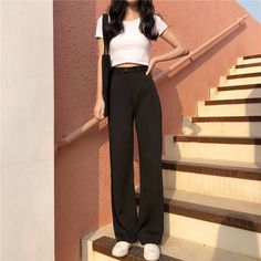 Korean Girl Fashion, Asian Fashion, Curvy Fashion, Fall Fashion, Cute Casual Outfits, Stylish Outfits, Stylish Eve, Wide Leg Pants Street Style, Wide Pants Outfit