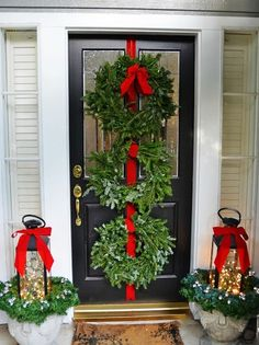2014 Porch Christmas Decoration Ideas, Red Bow Christmas porch decoration, Porch Christmas wreath Decoration for 2014 Christmas #2014 #Christmas