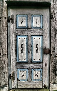 Old Door in Germany | 'Eine alte Tür am Fachwerkhaus' ©Kai ~ Tjardes, via audensound.de