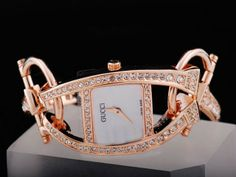 Gucci-Watch-Chiodo-Square-Special-Design-Full-Rose-Gold-Diamond-Bezel-Full-Rose-Gold-Diamond-Bezel-with-White-Dial.