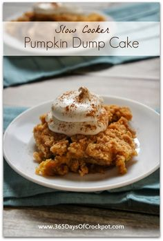 Recipe for Slow Cooker Pumpkin Dump Cake #crockpotrecipe #easydessert #pumpkinrecipe