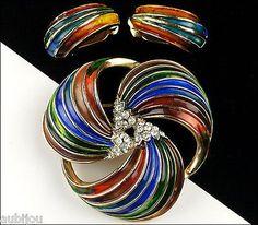 Vintage Crown Trifari Blue Enamel Rhinestone Floral Swirl Brooch Pin Set Earring
