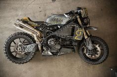 RSD Suzucati - This awesome looking monster started out life as a Ducati 999 and after only 3000 miles was crashed and done. before RSD got their hands on it! Roland Sands, West Coast Choppers, Monkey King, Riding Gear, Motorcycle Parts, Ducati, Bike, Motorcycles, Design