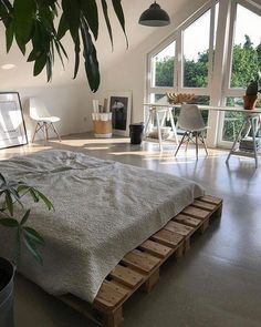 44 Stunning Minimalist Bedroom Decor Ideas - If you're thinking of redecorating your home in a minimalist style, you might want to start with the bedroom. Many of us prefer open space and a crisp. Dream Rooms, Dream Bedroom, Master Bedroom, Calm Bedroom, Master Master, Bedroom Retreat, Teen Bedroom, Master Suite, Aesthetic Room Decor