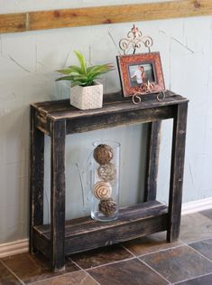 Truly unique console table has been built from naturally weathered reclaimed wood and is perfect to showcase at any entry way or any area that needs some life. Table measures x x and has… Pallet Crafts, Diy Pallet Projects, Wood Projects, Diy Pallet Furniture, Rustic Furniture, Furniture Design, Furniture Cleaning, Furniture Nyc, Furniture Websites