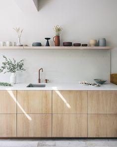 The True Meaning of Amazing Modern Kitchen Cabinet Design Ideas - homeknicknack Ikea Kitchen Cabinets, Kitchen Cabinet Design, Kitchen Furniture, Kitchen Interior, Ikea Kitchens, Shaker Cabinets, Timber Kitchen, New Kitchen, Wooden Kitchen