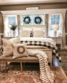 Farmhouse Small Bedroom Ideas - Comfortable, lovely, and full of charisma, farmhouse bedroom design is more famous than ever. Dream Bedroom, Home Decor Bedroom, Modern Bedroom, Bedroom Neutral, Bedroom Apartment, Decorating A Bedroom, Winter Bedroom Decor, Bohemian Decorating, Winter Bedding
