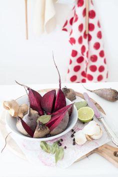 Super cremige vegane rote Bete Suppe mit Kokosmilch