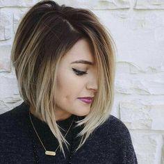 Elige renovar tu look con un #CorteBob que te hará lucir más joven y a la moda. #CambioDeLook #CortesDeCabello #CambiosDeLookParaAñoNuevo