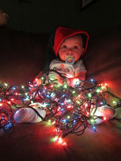 baby christmas picture