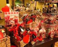 Fall in love with our sweet treats worthy of your loved one!