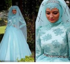 Discount Muslim Wedding Dresses 2015 Sexy Plus Size Lace Muslim Ball Gown Wedding Dresses Long Sleeve Bridal Dress Blue Lace Dress Cheap Vintage Chapel Train Fall Winter