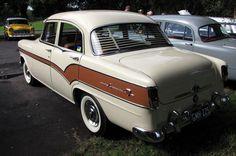 nice wheels Breakfast Run, Vintage Cars, Antique Cars, Scarborough Beach, Holden Australia, Australian Cars, Peter The Great, Old Cars, Envy