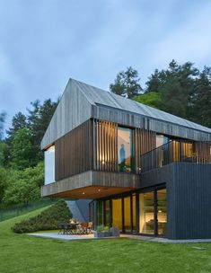New house modern exterior design woods Ideas Minimalist House Design, Minimalist Home, Modern House Design, Minimalist Window, Contemporary Design, Barn House Design, Cottage Design, Modern Exterior, Exterior Design