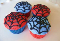 No one can resist beauty of cupcakes especially persons trying to apply a special diet program , so for spiderman cupcake , it will be very harder ,. Spiderman Cupcakes, Spiderman Theme, Superhero Cake, Superhero Birthday Party, 4th Birthday Parties, Birthday Cupcakes, Boy Birthday, Spiderman Birthday Cake, Birthday Ideas