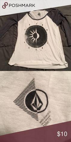 Volcom shirt Super cute 3 4 sleeve Volcom Tops Tees - Long Sleeve Long  Sleeve 3010208bc4fe