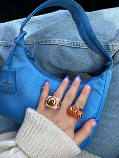 Back To School Bags, Posing Guide, Chunky Rings, Resin Ring, Blue Nails, Michael Kors Hamilton, Cute Shoes, Jewelry Accessories, Cute Outfits