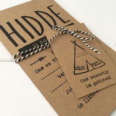 Geboortekaart kraftkarton tipitent - Geboortekaart met labeltjes - Labelkaart - Stoere geboortekaart karton - Huis & Grietje