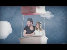 """Music video by Barcella performing T'es belle (Official Music Video). (C) 2012 SME France    """"Barcella"""" - T'es belle (2012)  Clip réalisé par Claire+Vincent  Téléchargez l'album """"Charabia""""   http://itunes.apple.com/fr/album/charabia/id521766565  Retrouvez toutes les infos de Barcella sur son site officiel    http:///www.barcella.fr et inscrivez-vous à ..."""
