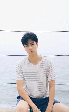 Dramas, China Movie, A Love So Beautiful, Chinese Man, Asian Love, Cute Actors, Kdrama Actors, Asian Actors, Dream Guy