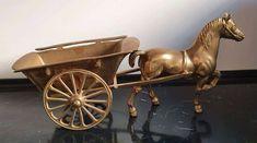 Skulptur Figur Pferd mit Kutsche Wagen Messing PMW2, € 47,- (1100 Wien) - willhaben Bronze, Messing, Cannon, Guns, Antiquities, Home Decor Accessories, Sculptures, Figurine, Weapons Guns