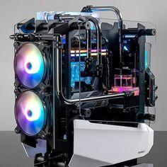 What do you think of this beast? Pc Gaming Setup, Gaming Pcs, Pc Setup, Gamer Setup, Computer Build, Gaming Computer, Razer Gaming, Hardware Components, Bedroom Setup