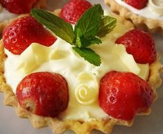 Cheesecake, Pudding, Desserts, Food, Tailgate Desserts, Deserts, Cheese Cakes, Eten, Puddings