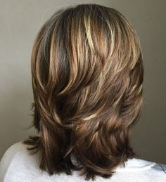 Medium Cut with Chunky Swoopy Layers from 60 Most Universal Modern Shag Haircut Solutions Medium Textured Hair, Medium Hair Cuts, Short Hair Cuts, Medium Hair Styles, Curly Hair Styles, Medium Cut, Medium Length With Layers, Medium Choppy Layers, Updo Styles