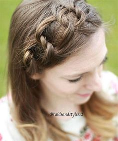 I am giving you spring hair ideas for your short, medium & long hair, these braiding hairstyles are awesome. Spring Hairstyles, Vintage Hairstyles, Hairstyles With Bangs, Braided Hairstyles, Medium Long Hair, Medium Hair Styles, Natural Hair Styles, Short Hair Styles, Hair Lengths