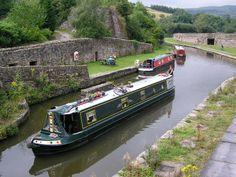 A green narrow boat